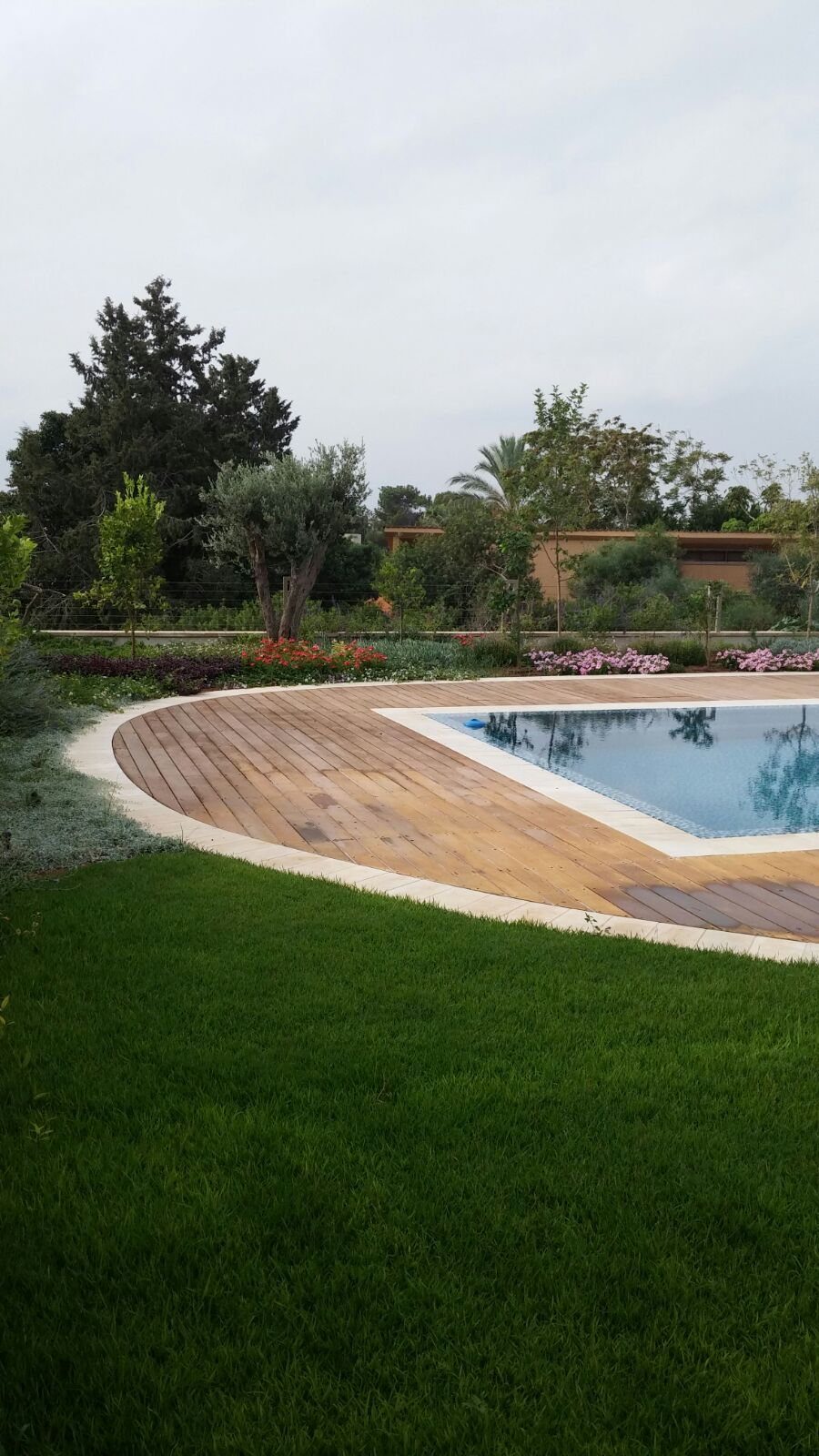 large garden design project in Caesarea 03