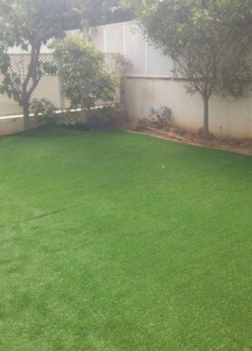 התקנת דשא סינטטי מבית כחול ירוק