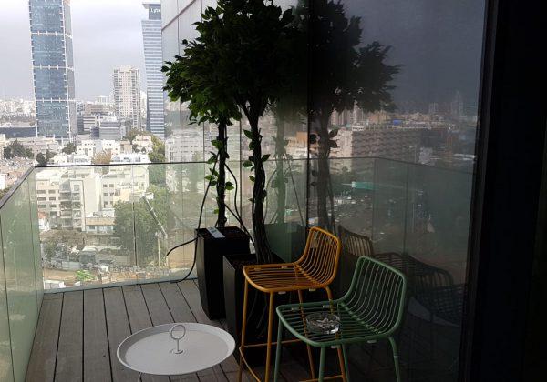 התקנת צמחיה מלאכותית במשרדים בתל אביב